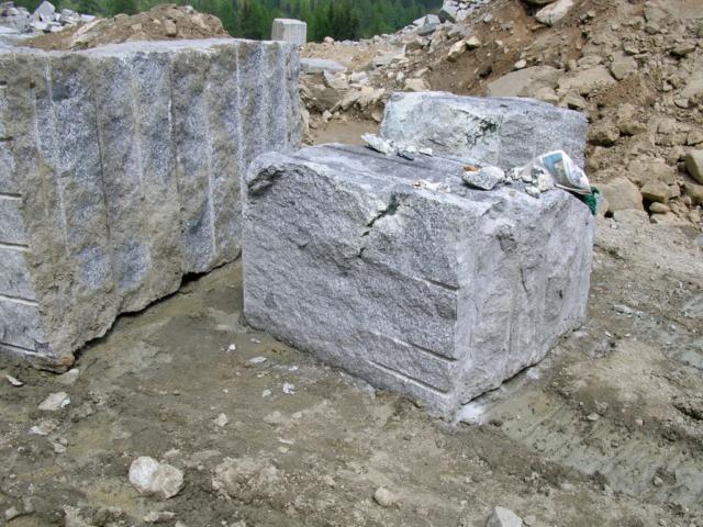 blocco mineralizzato - cava val formazza